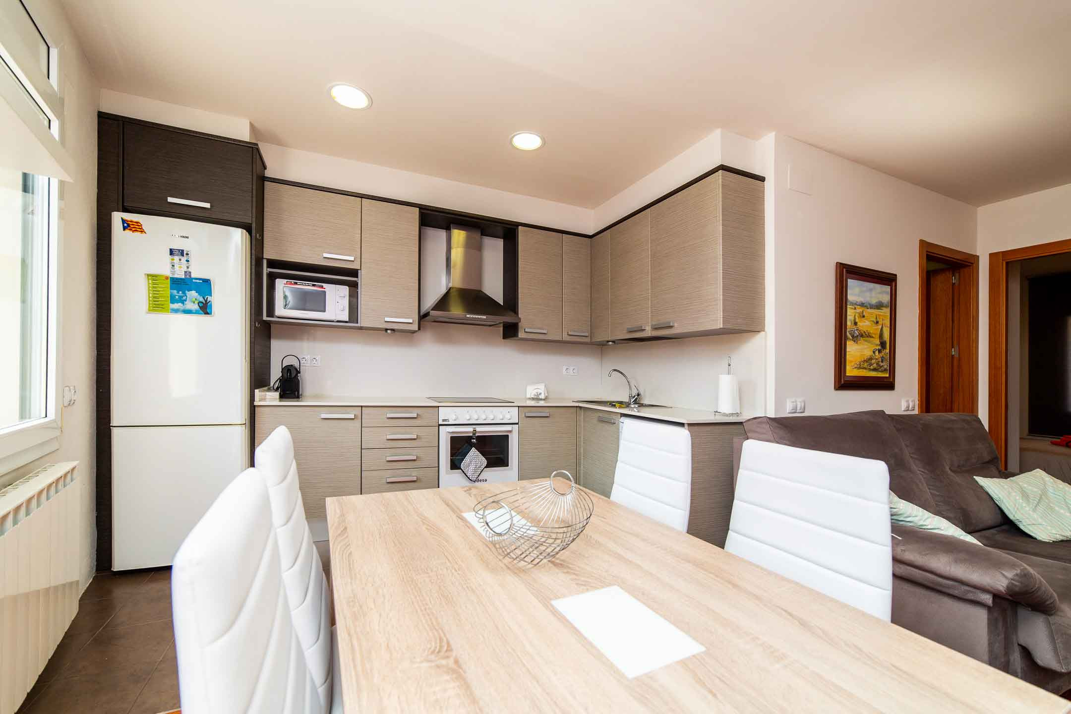 Can-18-Apartament-SantJoandelesAbadesses-2